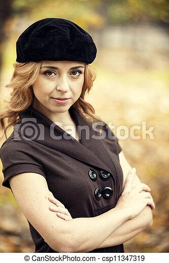 automne, roux, girl, park. - csp11347319
