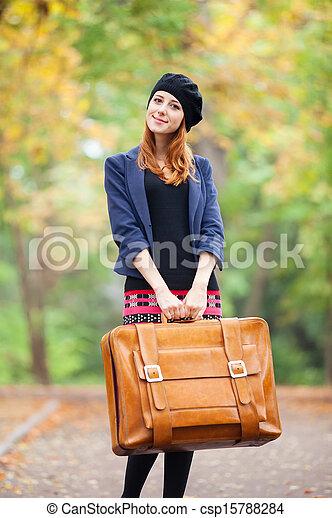 automne, roux, outdoor., girl, valise - csp15788284