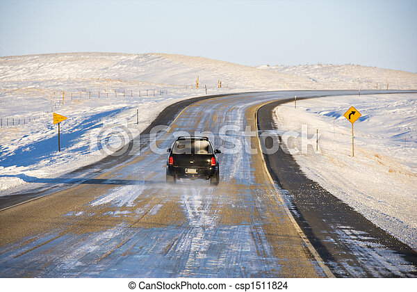 Automobile on icy road. - csp1511824