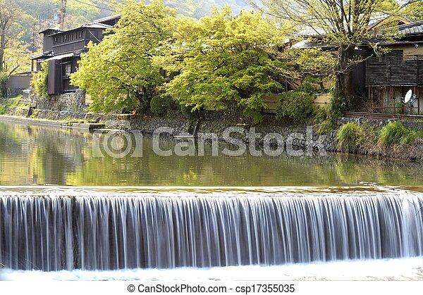 Autumn in Arashiyama, Kyoto, Japan - csp17355035