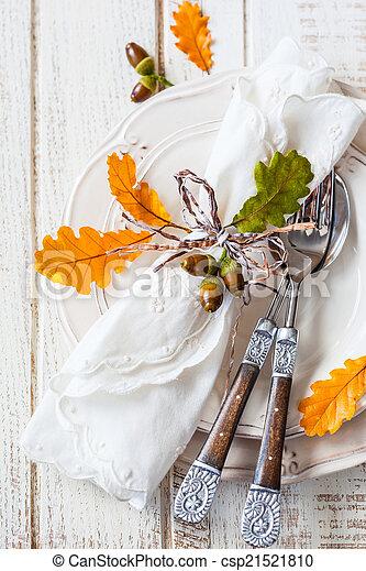 Autumn table setting - csp21521810