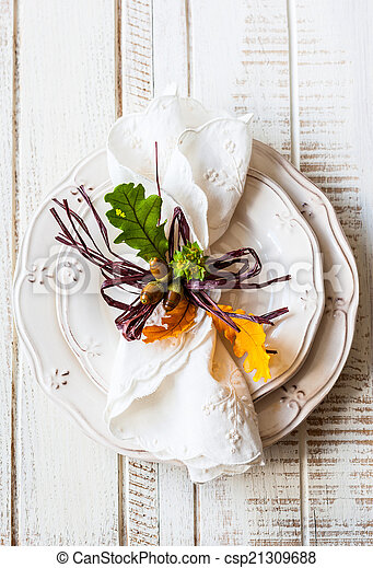 Autumn table setting - csp21309688