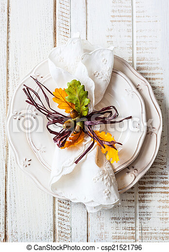 Autumn table setting - csp21521796