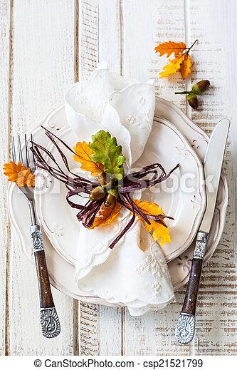 Autumn table setting - csp21521799