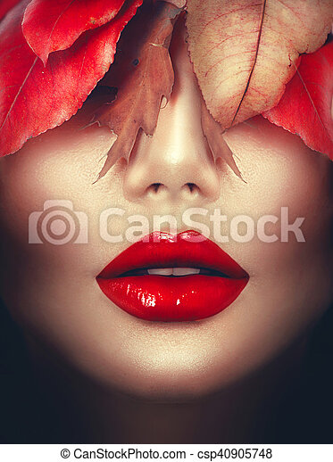 Autumn woman fashion portrait. Fall. Fashion art makeup - csp40905748