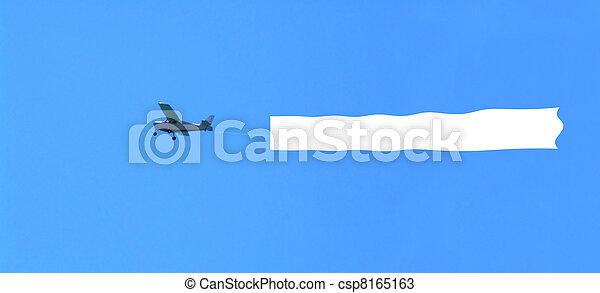 Avión con el área en blanco - csp8165163