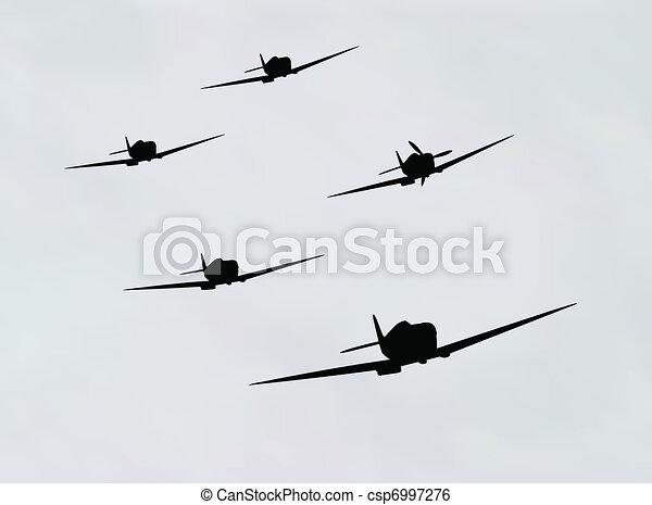 Silhouette sur ciel nuageux illustration avion - Coloriage bombardier ...
