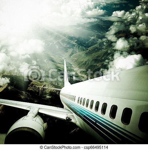 avion - csp66495114