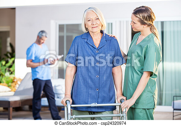 Ayudar, mujer, zimmer, caminata, enfermera, 3º edad, marco ...