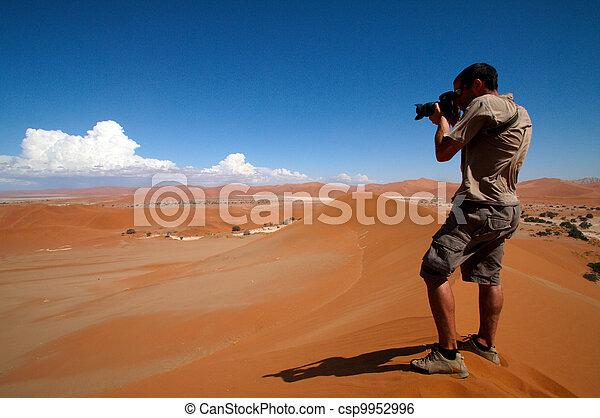 azione, fotografo - csp9952996