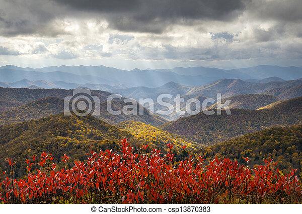 azul, crepuscular, raios, cume, luz, viaje destino, férias, foliage outono, panorâmico, outono, parkway - csp13870383