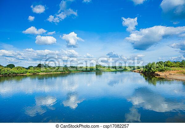 azul, largo, reflexão, costas, céu, nublado, bush, rio verde - csp17082257