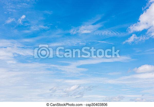 Cielo azul con nubes - csp30403806