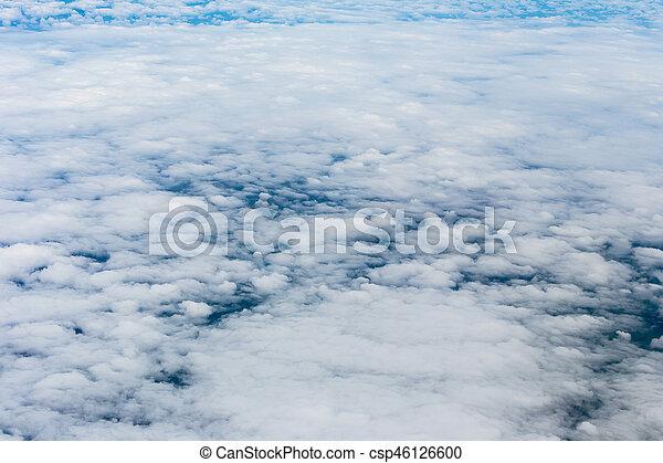 Cielo azul con nubes - csp46126600