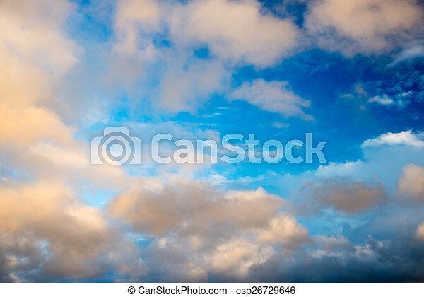 Cielo azul con nubes - csp26729646