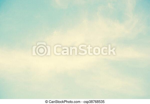 Cielo azul con nubes de fondo - csp38768535