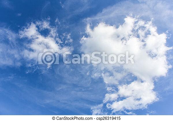 Cielo azul con nubes - csp26319415