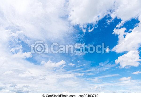Cielo azul con nubes - csp30403710
