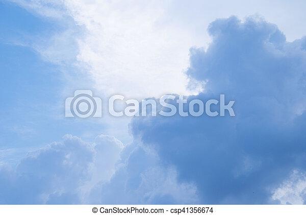 Cielo azul con nubes - csp41356674