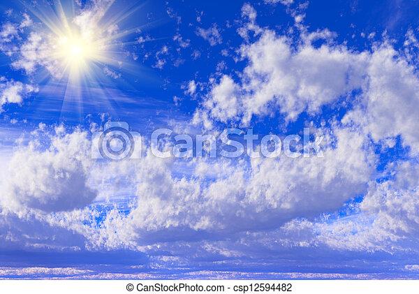 Cielo azul con nubes - csp12594482