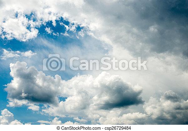 Cielo azul con nubes - csp26729484