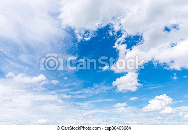 Cielo azul con nubes - csp30403684