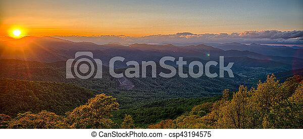 azul, verão, cume, montanhas, appalachian, pôr do sol, parkway - csp43194575