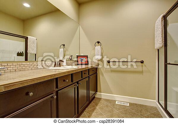 Baño moderno con suelo azulejo. Baño moderno con suelo ...