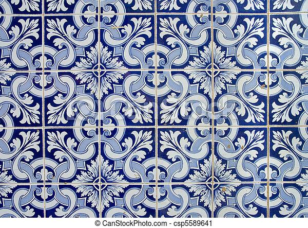 Azulejos portugueses, antecedentes viejos - csp5589641