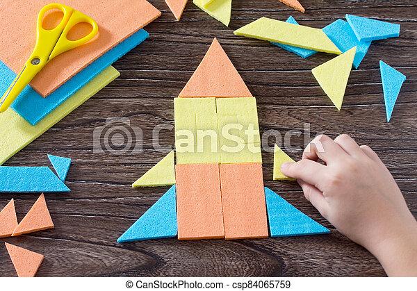 bébé, main bois, enfance, table, figure, assemblé, above., carrée, puzzle, tôt, fusée, tangram, concept, development. - csp84065759