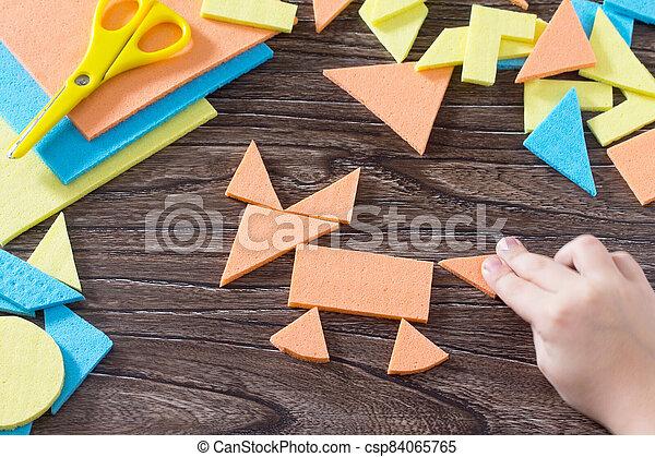 bébé, main bois, renard, enfance, table, figure, above., carrée, recueilli, puzzle, tôt, tangram, concept, development. - csp84065765