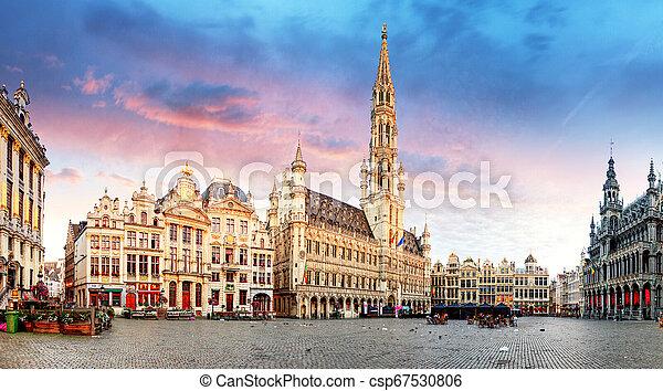 Bruselas, gran lugar, Bélgica - csp67530806
