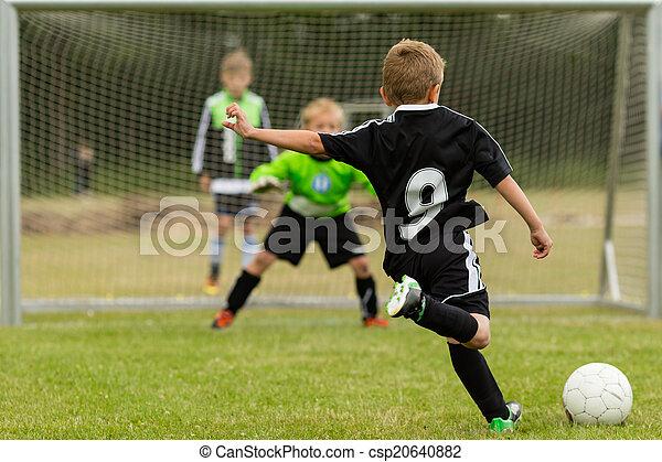 büntetés, futball, megrúg, gyerekek - csp20640882