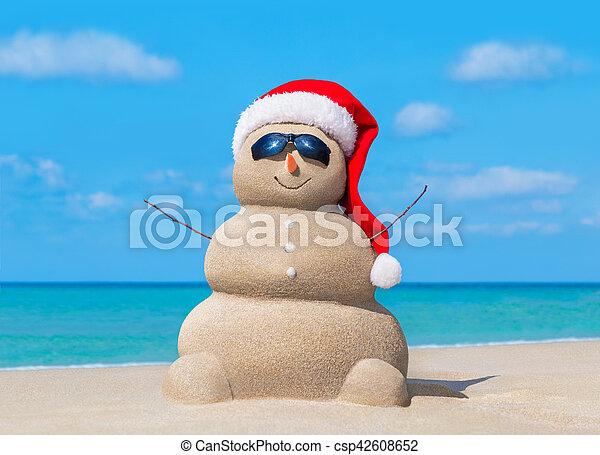 bałwan, sunglasses, kapelusz, ocean, święty, plaża, boże narodzenie - csp42608652