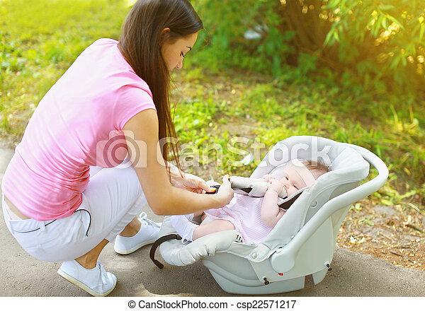 Baby car seat - csp22571217