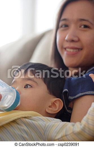 Baby drinking bottle - csp0239091