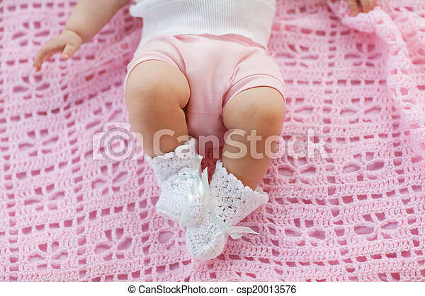 Baby feet  - csp20013576