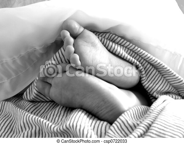Baby Feet - csp0722033