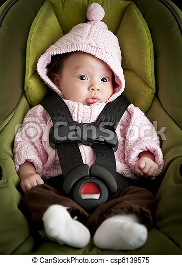 Baby in car seat - csp8139575