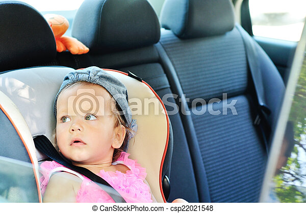 baby in car - csp22021548