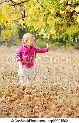 baby in fall - csp22021562