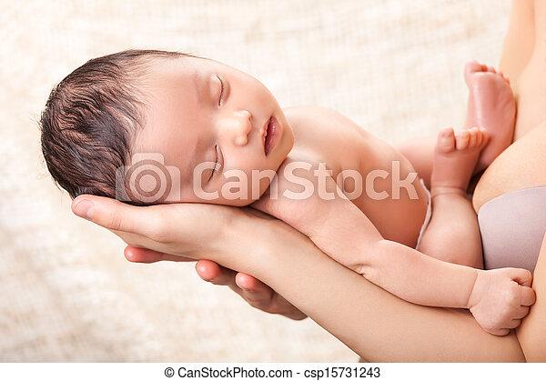 baby, vrolijke , vasthouden, haar, moeder - csp15731243