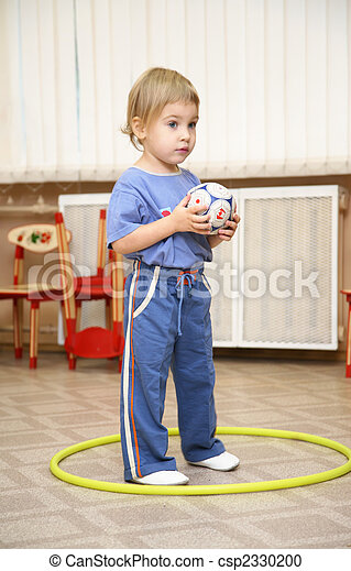 baby with ball - csp2330200