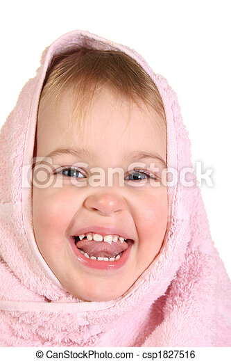 baby with towel - csp1827516