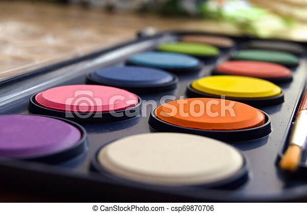 back to school concept watercolor palet - csp69870706