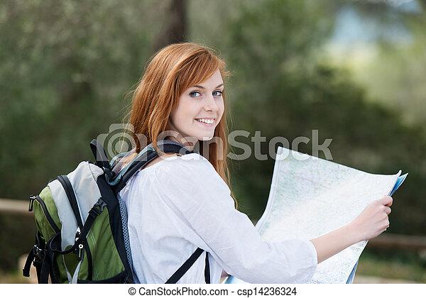backpacking , γυναίκα , νέος , φύση  - csp14236324
