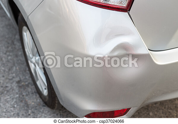 Backside of silver car get damaged by accident - csp37024066