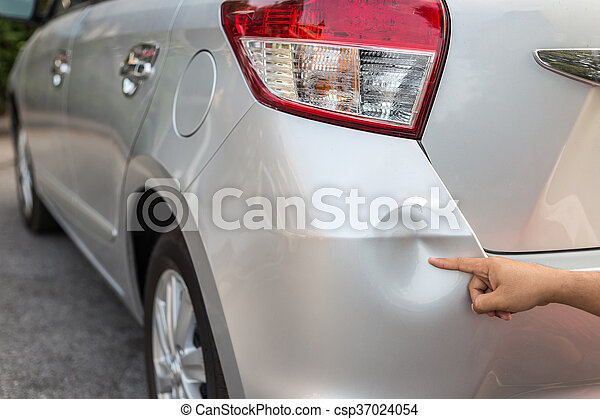 Backside of silver car get damaged by accident - csp37024054