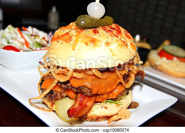 Bacon Cheeseburger - csp10080074