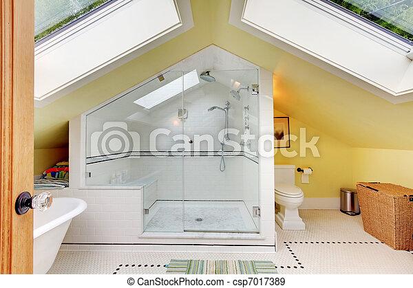 Badezimmer Dachgeschoss Modern Gelbe Wande Klein Dachgeschoss